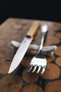 foodiesfeed.com_fork-and-steak-knife2